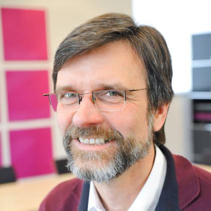 Wolfgang Buff ~ Stiftung Friedensbildung ~ Konfliktbewältigung spielend begreifen